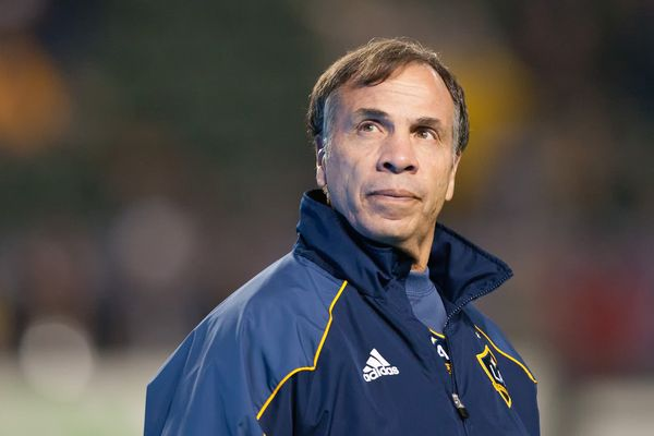 Los Angeles Galaxy coach Bruce Arena during the 2012 MLS season.  Credit: David Bernal - ISIPhotos.com
