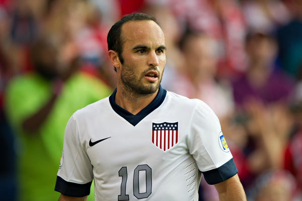 Landon Donovan earned a  million dollar salary - leaving the net worth at 12 million in 2018