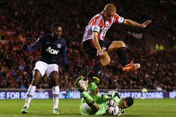 Manchester United and Sunderland in the Capital One Cup semifinals. Credit: Matt West - ISIPhotos.com