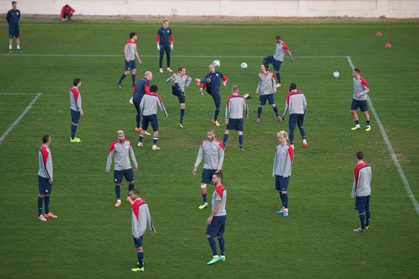 usmnt-training-soccer-players-world-cup-games