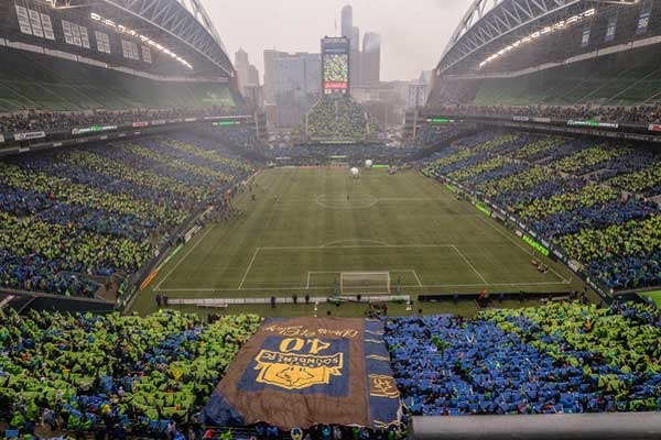 Playing MLS games in NFL stadiums   US Soccer Players