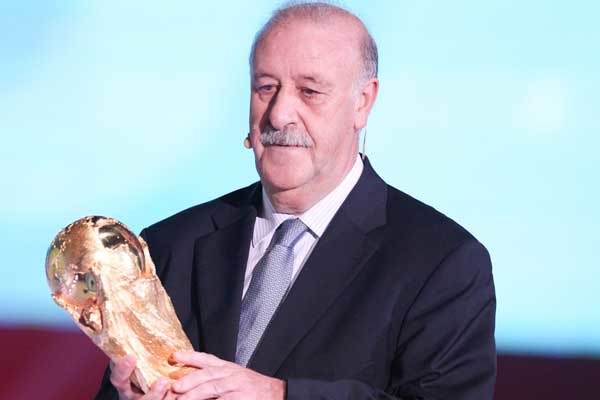 del-bosque-world-cup-trophy