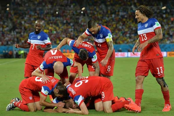usmnt-goal-celebration-world-cup