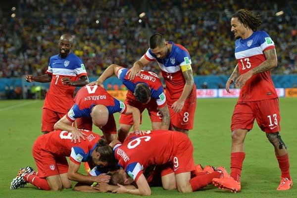usmnt-goal-celebration-world-cup