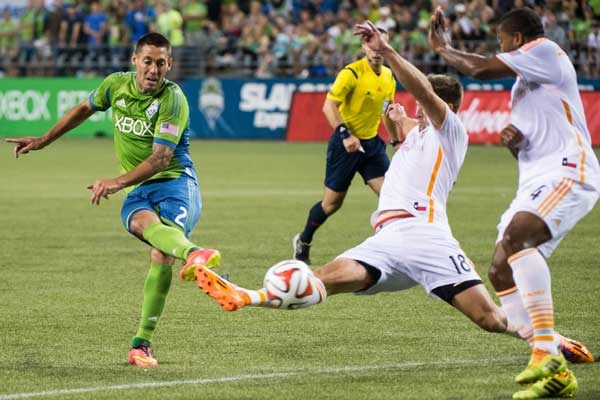 clint-dempsey-seattle-sounders-shot-mls