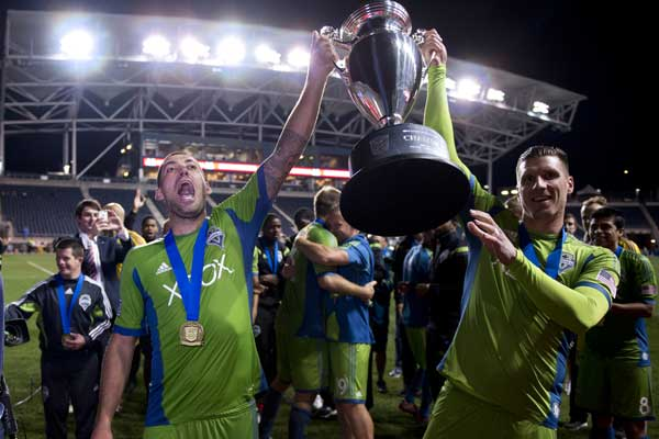 2014-us-open-cup-winners-clint-dempsey-seattle-sounders