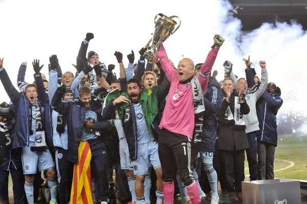 sporting-kansas-city-2013-mls-cup-celebration