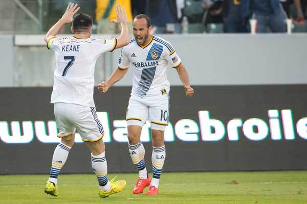 landon-donovan-robbie-keane-la-galaxy-2014-mls-playoffs-western-conference