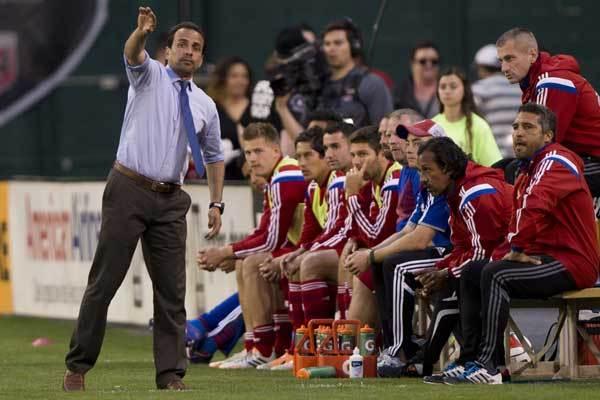 oscar-pareja-fc-dallas-soccer-coach
