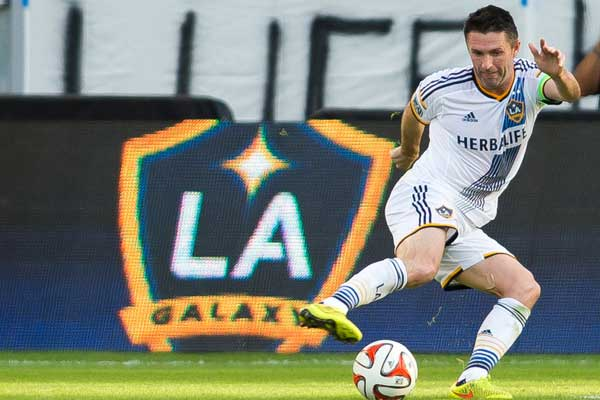 robbie keane wins 2014 mls mvp award us soccer players