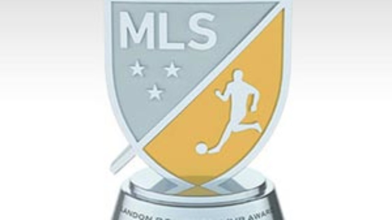 mls honors landon donovan by renaming mvp award us soccer players mls honors landon donovan by renaming