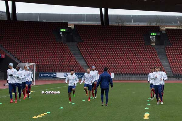 usmnt-training-Stadion-Letzigrund-switzerland-friendly-march-2015