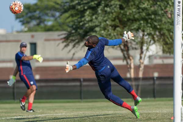 usmnt-goalkeeper-sean-johnson-training