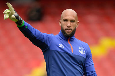 Soccer News: Everton's Martinez defends team