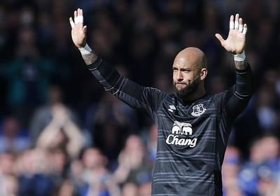 Howard says goodbye to Everton, Bundesliga finale