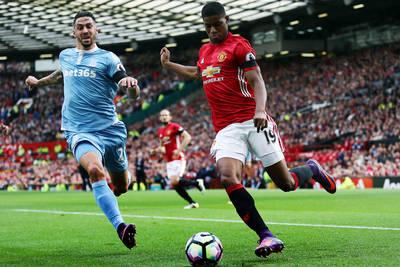 Stoke City draws at Manchester United, goal for Tim Ream