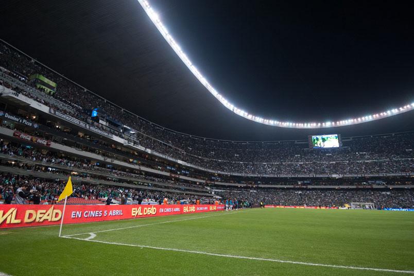 estadio-azteca-field-level-corner-flag-mexico-concacaf-world-cup-qualifying-soccer