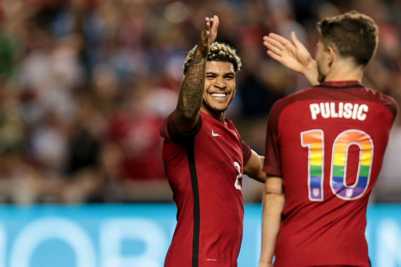 usmnt-players-deandre-yedlin-christian-pulisic-venezuela-soccer-friendly-june-2017