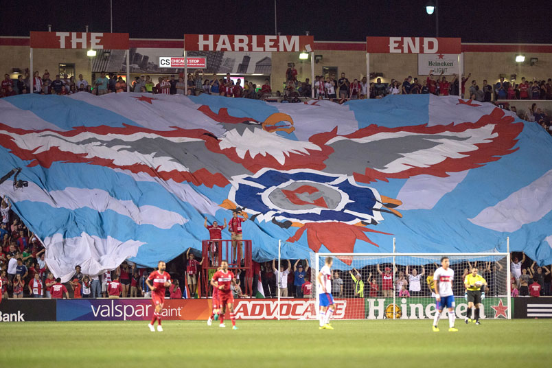 chicago-fire-fans-harlem-end-tifo