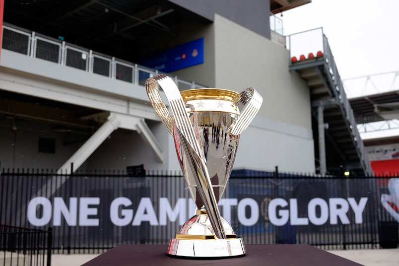 mls-cup-one-game-to-glory-trophy-bmo-field-2016