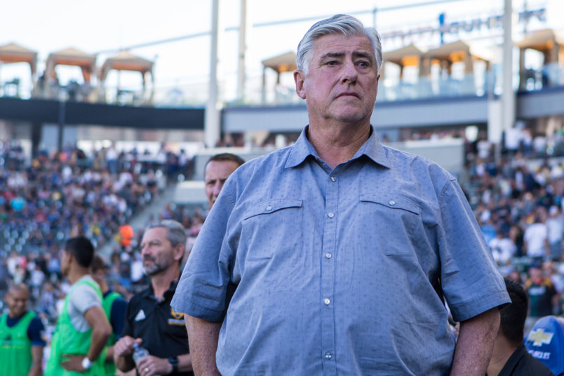sigi-schmid-la-galaxy-coach-bench-stubhub-center
