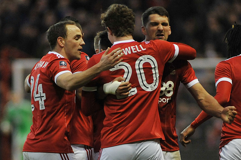 nottingham-forest-celebration-fa-cup-win-arsenal