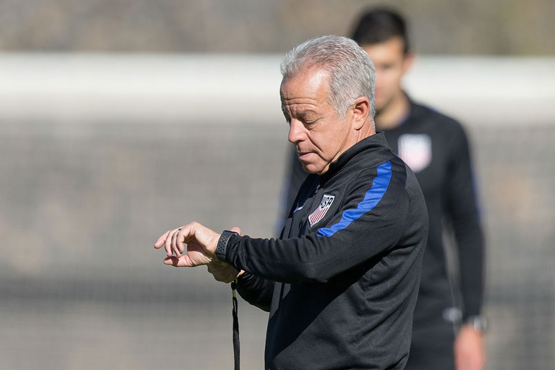 usmnt-interim-coach-dave-sarachan-training-session
