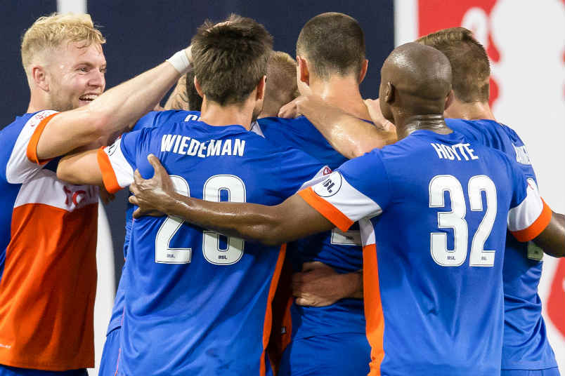 FC Cincinnati players.