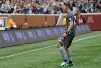 LAFC trades for Christian Ramirez, Kroenke's Arsenal move