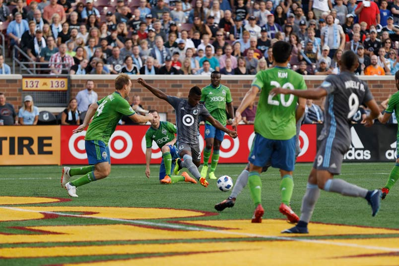 Minnesota and Seattle in MLS action