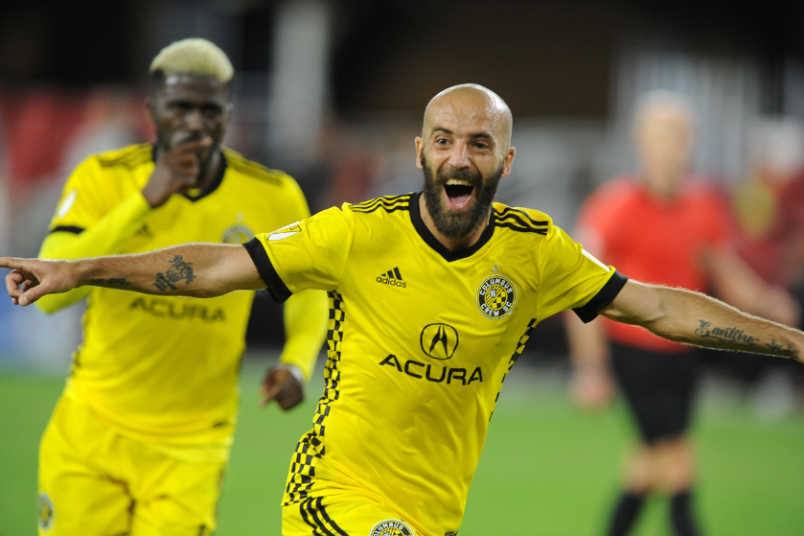 Federico Higuain goal celebration