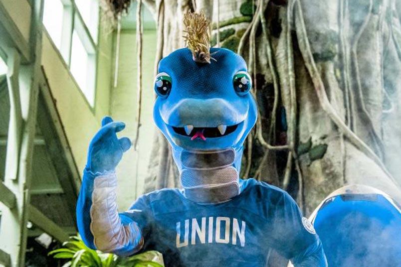 philadelphia union mascot phang