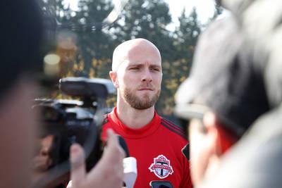 Bradley stays with Toronto