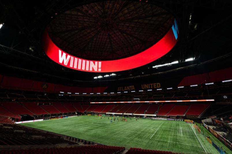 atlanta united scoreboard reads wiiiiin after beating Nashville