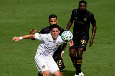 With te Kloese in place, the Galaxy once again plan a rebuild