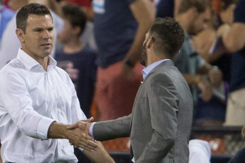 greg vanney and ben olsen shaking hands