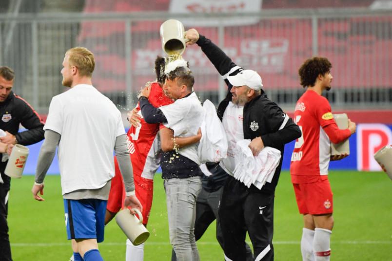 red bull salzburg 2020-21 championship celebration