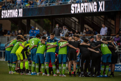 Seattle's run continues