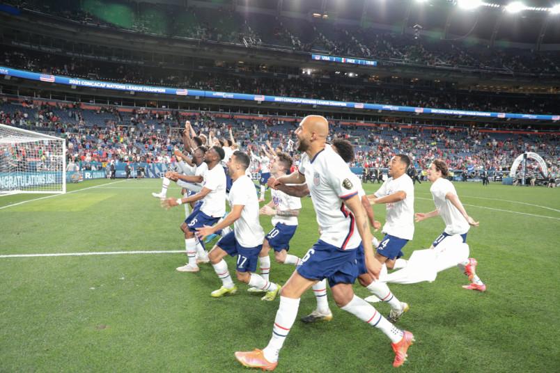 usmnt celebrates nations league win