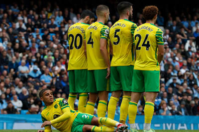 Norwich City loses by five at Manchester City