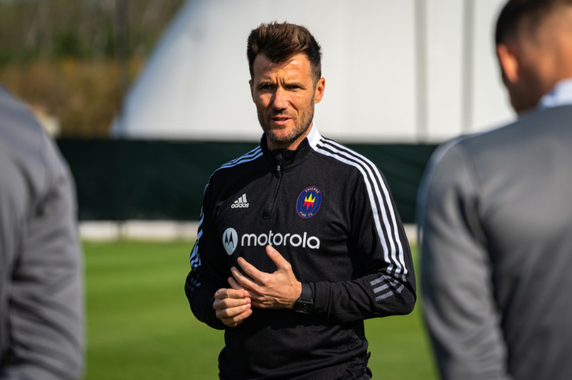 former chicago fire coach raphael wicky