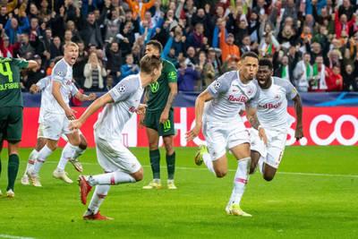 Salzburg beats Wolfsburg, shutouts for Barcelona and Juventus