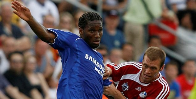 Jimmy Conrad marks Didier Drogba the last time Chelsea was the opponent in the MLS All-Star Game.  Credit: Dilip Vishwanat - ISIPhotos.com