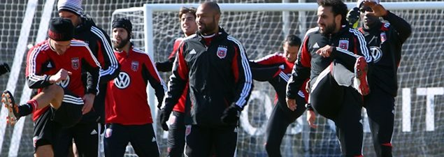 Dwayne De Rosario (right) is back in training with DC in advance of their second-leg with Houston.  Credit: Tony Quinn - ISIPhotos.com